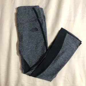 North face cropped leggings